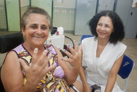 escola aberta, aula de manicure e cabeleireira - Imagem: Eduardo Ribeiro
