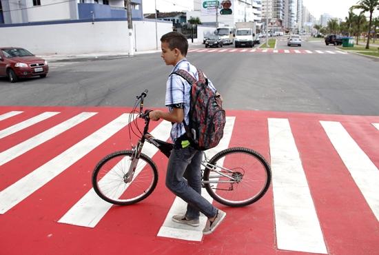 Novas faixas de pedestre em Itaparica - Imagem: Eduardo Ribeiro