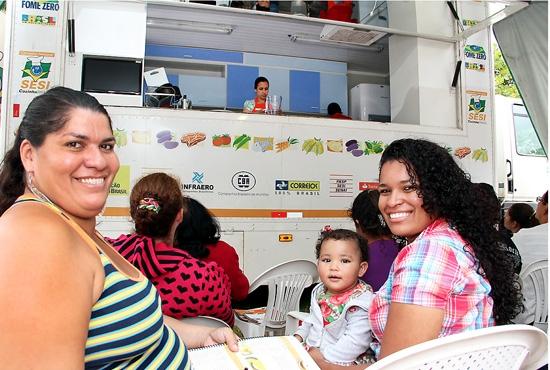 Curso Cozinha Brasil no Cras em Morada da Barra- Parceria Sesi-PMVV - Imagem: Zanete Dadalto