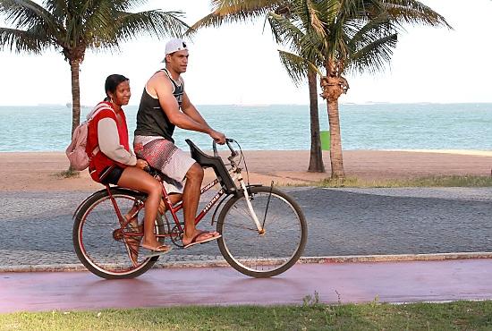 Ciclovias na Praia da Costa - Imagem: Zanete Dadalto