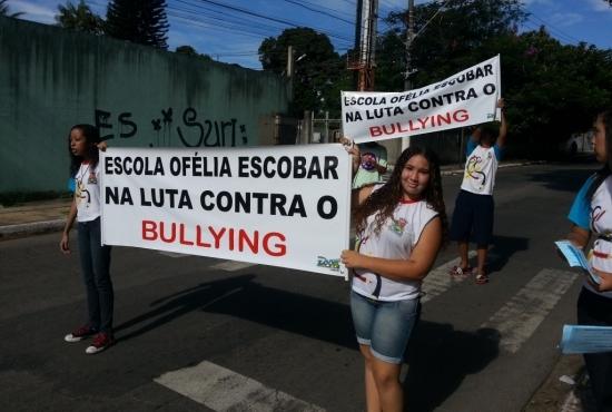 Bullying - Imagem: Semcom