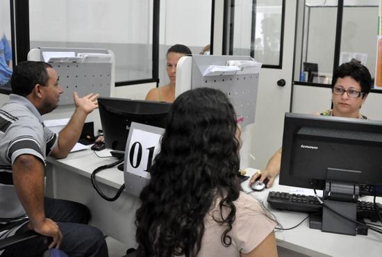 Atendimento SINE - Imagem: Camila Vargas / Marcos Júnior